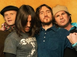 Red Hot Chili Peppers a ramas fara chitaristul John Frusciante