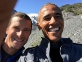 Obama, ajutat de Bear Grylls sa supravietuiasca in natura. Show-ul are premiera in decembrie - VIDEO